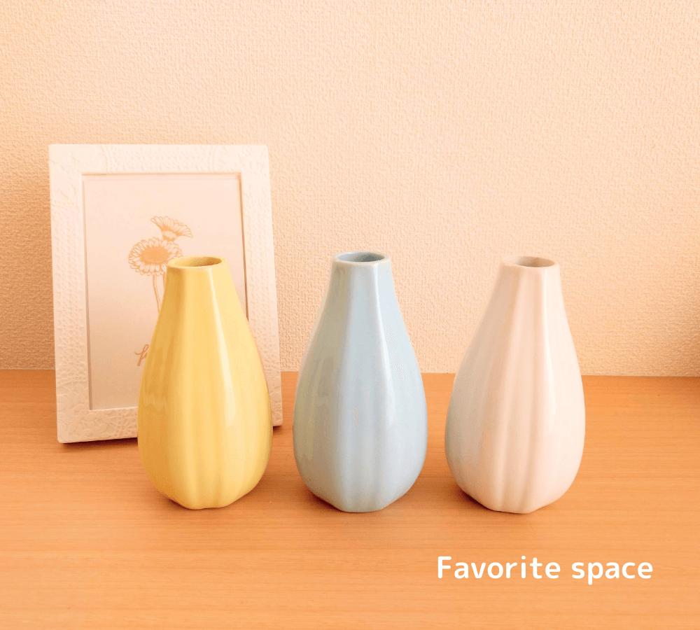 ダイソーのアソート花瓶の画像